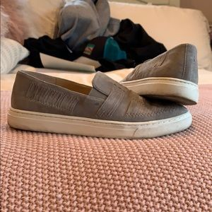Grey suede Vince Camuto pull on flats